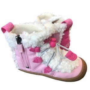 UGG Toddler Girl BILLIE Boots size: 7